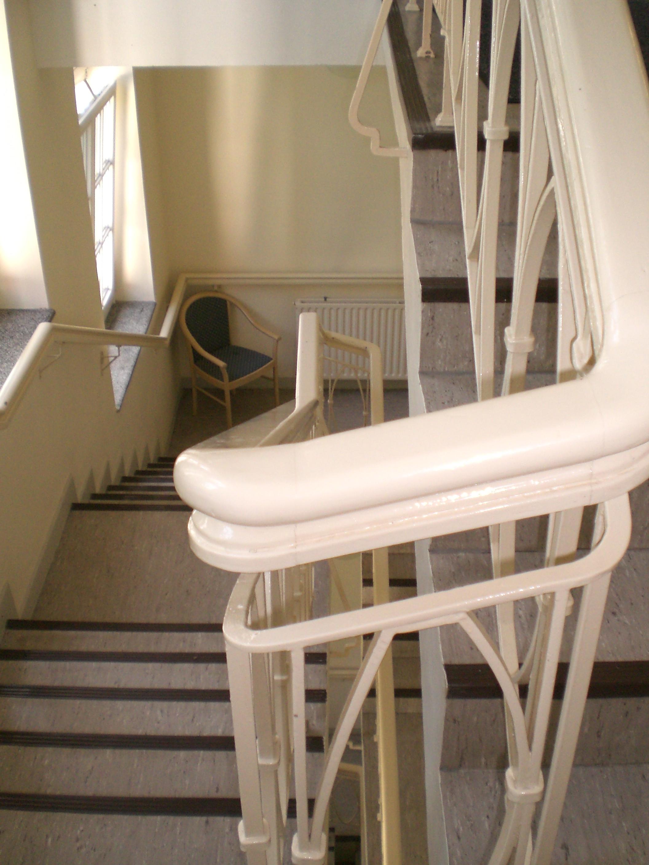 treppenhaus gestalten altbau. Black Bedroom Furniture Sets. Home Design Ideas